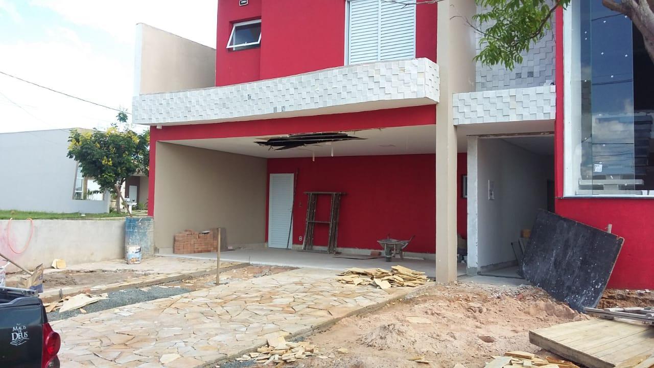 Casa com 4 dormitórios à venda, 280 m² por R$ 1.000.000 - Parque São Miguel - Hortolândia/SP