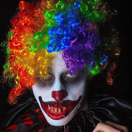 Available for Childrens' Parties by Ty Williams - People Musicians & Entertainers ( scary, clown scary halloween, afraid, clown, halloween )