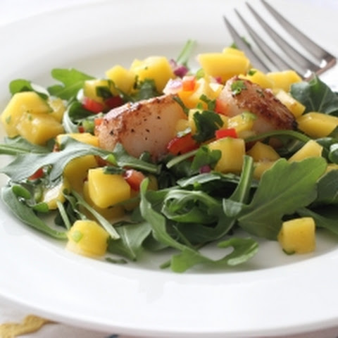 Seared Scallops with Mango Salsa