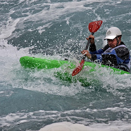 LVOA 12 by Michael Moore - Sports & Fitness Watersports (  )