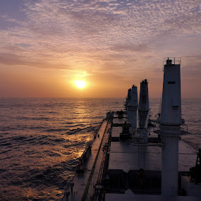 Sunrise near the coast of Galle, Sri Lanka by Zeljko Kliska - Instagram & Mobile Android ( sunrise, ships, ocean, sri lanka, vessel, landscape, sea, colors )