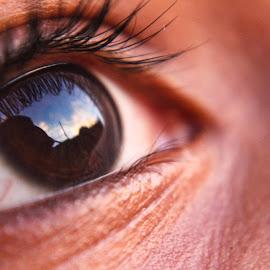 Human eye by Sivasriganeshwaran Siva - Abstract Macro