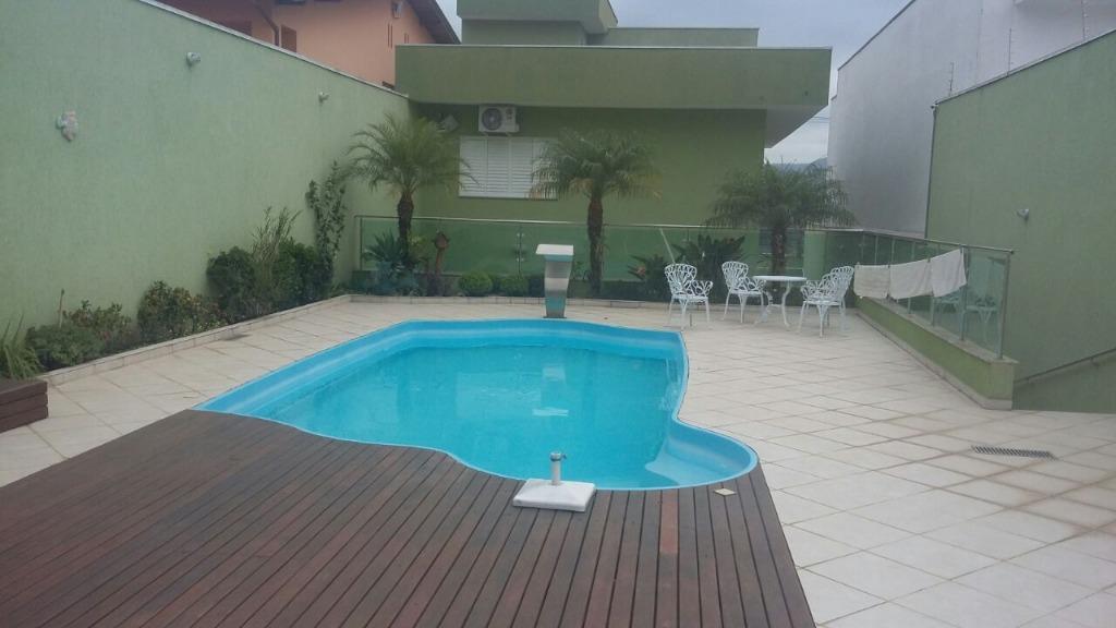 Sobrado de 4 dormitórios à venda em Vila Lavínia, Mogi Das Cruzes - SP