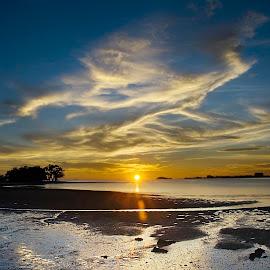 A Beautiful Evening @ Port Dickson by Steven De Siow - Landscapes Beaches ( port dickson, negeri sembilan, beach, landscape, evening )