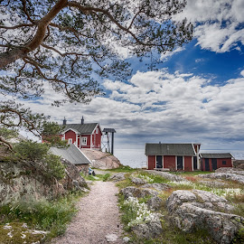 A place with a view by Lars-Ove Törnebohm - Landscapes Mountains & Hills ( sweden, oxelösund, tornephoto, seascape, landscape )