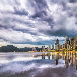 Clouds in Camboriu Beach by Rqserra Henrique - City,  Street & Park  Vistas ( clouds, brazil, le, rqserra, buildings, reflections, beach, longexposure, reflect, city )