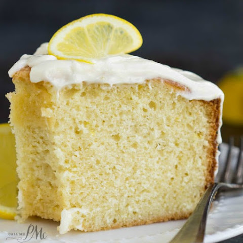 Trisha Yearwoods Lemon Pound Cake with Glaze