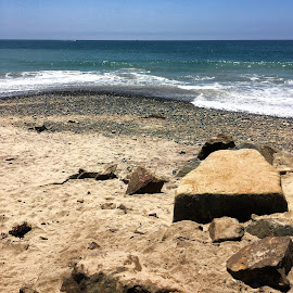 Rocky Beach by Eric Michaels - Landscapes Beaches ( water, sand, afternoon, california, horizon, ocean, beach, doheny beach, dana point, sunny, sunshine, surf, rocks )