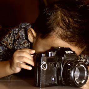photograph by Gie Nations - Babies & Children Children Candids