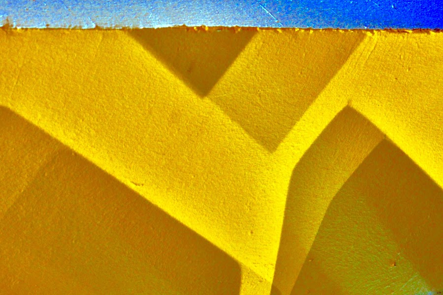 Yellow shadow dance by Eirin Hansen - Abstract Light Painting