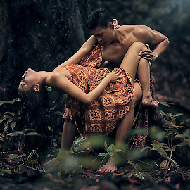 Ethnic couple by Ghamhatronich Ghamhatronich - People Couples ( ethnic, couple )