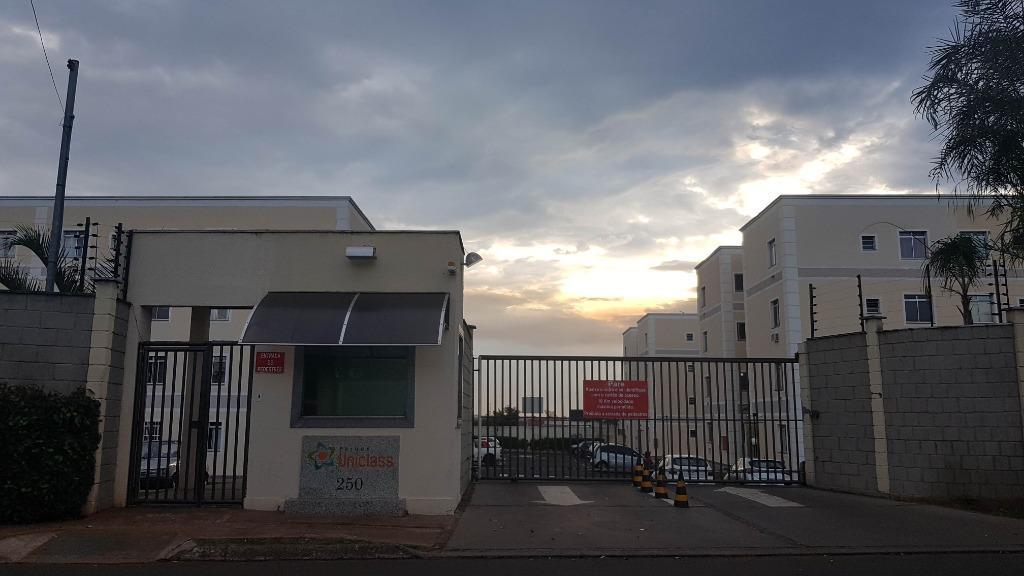 Apartamento residencial para locação, Conjunto Umuarama, Uberaba - AP0545.