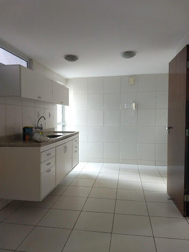 Apartamento com 3 dormitórios à venda, 112 m² por R$ 450.000 - Manaíra - João Pessoa/PB
