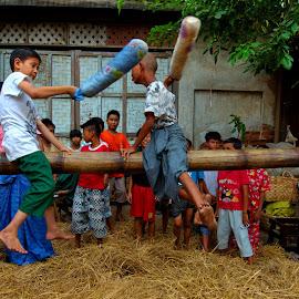 by Aung Kyaw Soe - People Street & Candids