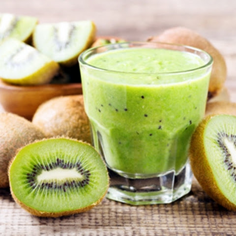 Kiwi and Mint Green Smoothie