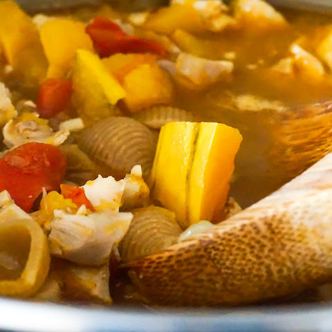 Roasted Chicken Chili with Fresh Tomatoes & Squash