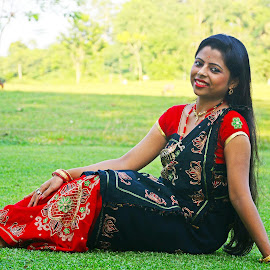 Priyanka by Asif Bora - People Street & Candids