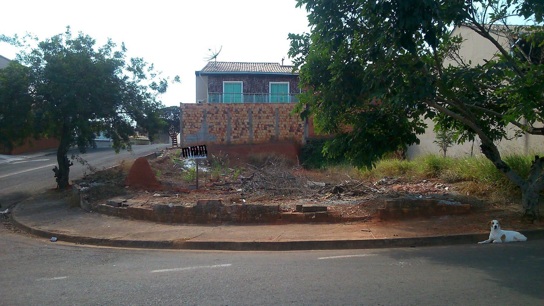 Terreno à Venda - Wanel Ville