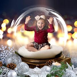 Christmas Globe by D Goldstein - Babies & Children Child Portraits ( holiday, christmas, children, kids )