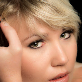 Platinum Blond 2 by Ruari Plint - People Portraits of Women ( green, blond, loving, pretty, portrait, eyes, looking, hand, female, platinum, dark, head, secy, deep, hair )