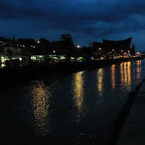 After rain by Daniel Pasaribu - City,  Street & Park  Night ( taput, riverside, tarutung, after rain, night )