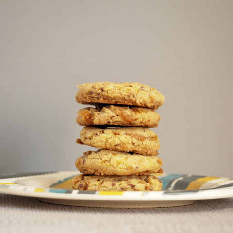 Browned Butter Butterfinger Bits Cookies