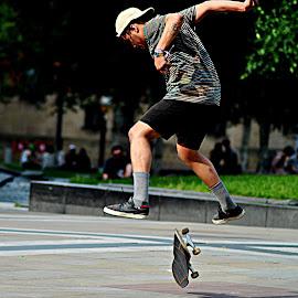 The  high  jump by Gordon Simpson - Sports & Fitness Skateboarding