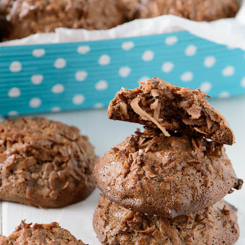Spiced Chocolate Coconut Macaroons