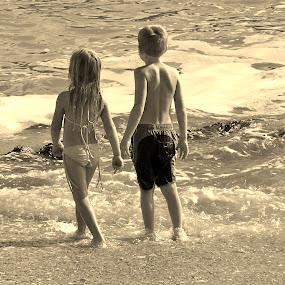 Girl meets Boy by Adell du Plessis - Babies & Children Children Candids ( girl, summer, beach, kids, boy )