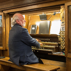 Church Organist. by Simon Page - People Professional People