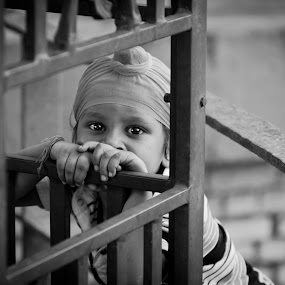 those eyes by Shikhar Sharma - Babies & Children Children Candids ( child, street, candid, boy, portrait, kid, eyes )
