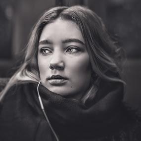 Oslo by Night by Bendik Møller - Black & White Portraits & People ( model, headshot, monochrome, black and white, modelling, young girl, close up, blackandwhite, girl, female, woman, lifestyle, mono, closeup,  )