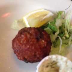 Shrimp and crab fritters. They were really good but I wish there were more! You only get 4 for $8.
