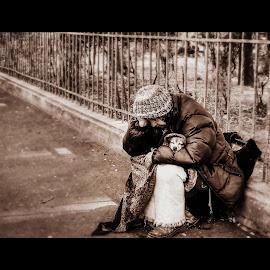 Poor by Bogdan Berbec - People Street & Candids