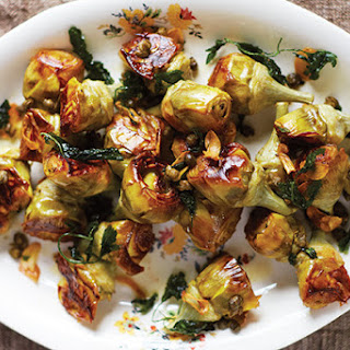 Pot-Roasted Artichokes with White Wine and Capers