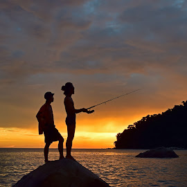 Fishing by AbngFaisal Ami - People Couples