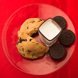 Cookies by Desirae Brandonisio - Food & Drink Cooking & Baking ( cookie, chocolate, red, milk, oreo, circle )