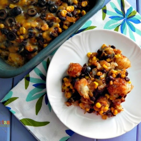 Mexican Tator Tot Casserole – Tots never go out of style on the dinner table!