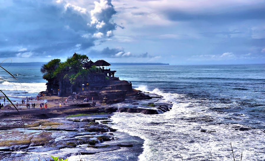 Tanah Lot, Bali by Ibrahim Samsudin - Travel Locations Landmarks