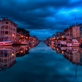 by Ana France - City,  Street & Park  Night
