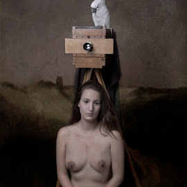 I wach over you by Carola Kayen-mouthaan - Nudes & Boudoir Artistic Nude ( bird, nude, woman, fine art )