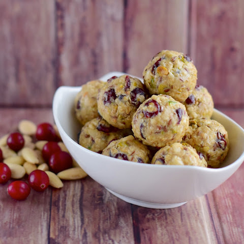 No-Bake Almond Cranberry Energy Balls