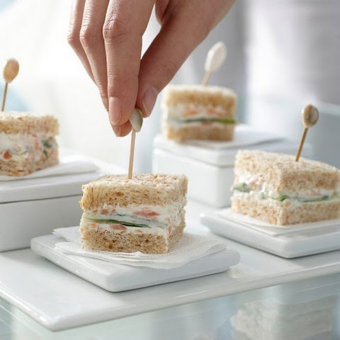 CUCUMBER SANDWICHES WITH SMOKED SALMON CREAM (4 WW POINTS PLUS, 3 WW OLD POINTS)
