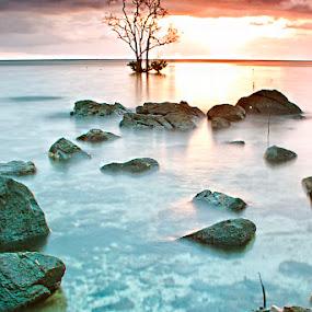 Pulau Kapur dalam Mega II by Eddie Cheever - Landscapes Weather ( belitung )