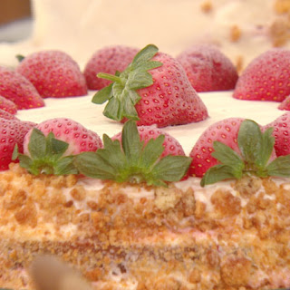 Buddy Valastro's Strawberry Milkshake Cake
