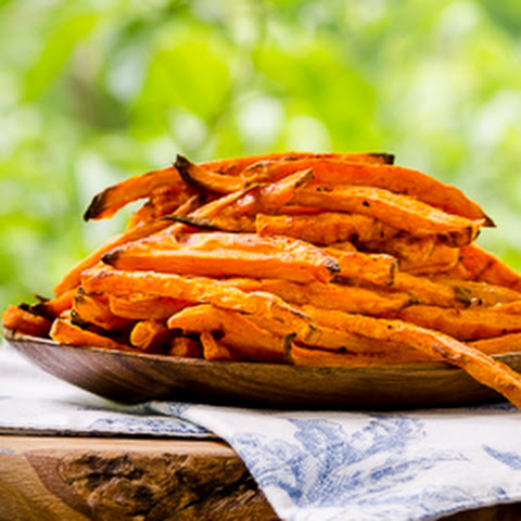 Baked Sriracha Sweet Potato Fries