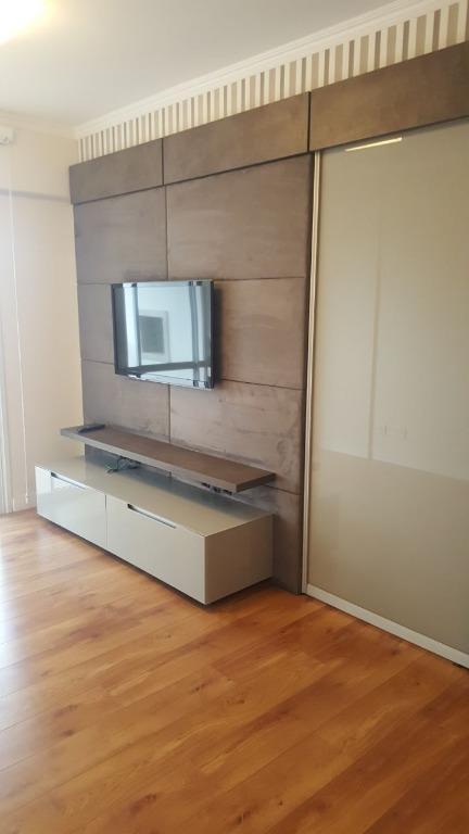 Apartamento com móveis planejado em ótima localização de Flo...