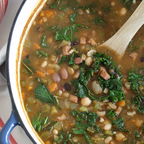 16 Bean Soup with Ham and Kale