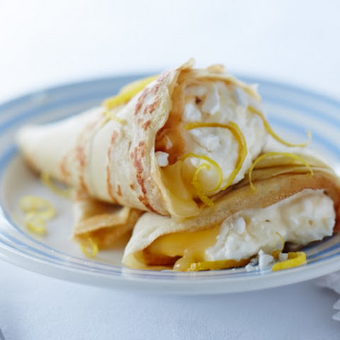 Lemon Meringue Crêpes With Ice Cream