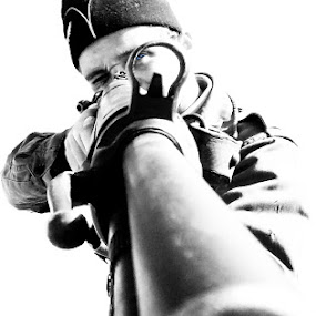 Frozen kill by Stwayne Keubrick - People Portraits of Men ( auto portrait, black and white, self shooting, weapon, black & white, belt, self portrait, portraits, war, portrait, gun )